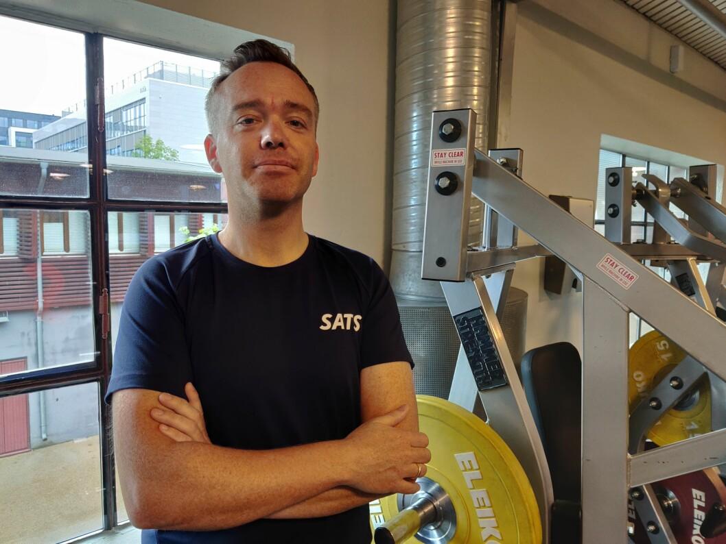 -Planen nå er at ti SATS-sentre får fysioterapeut, med én per senter i starten, sier manuellterapeut Vegard Ølstørn i SATS. (Foto: SATS)