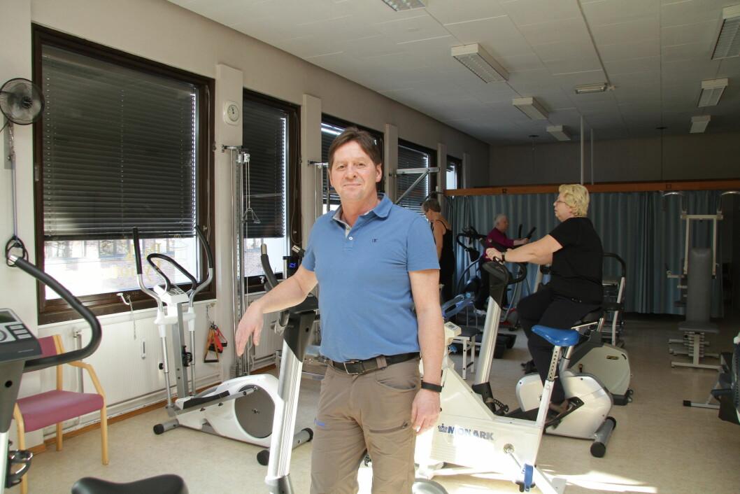 Fysioterapeut ved Park fysioterapi i Moss, Anders Eriksen Mjelde, mener det gjenstår å se om direkte tilgang til fysioterapeut bidrar til å korte ned ventetiden.