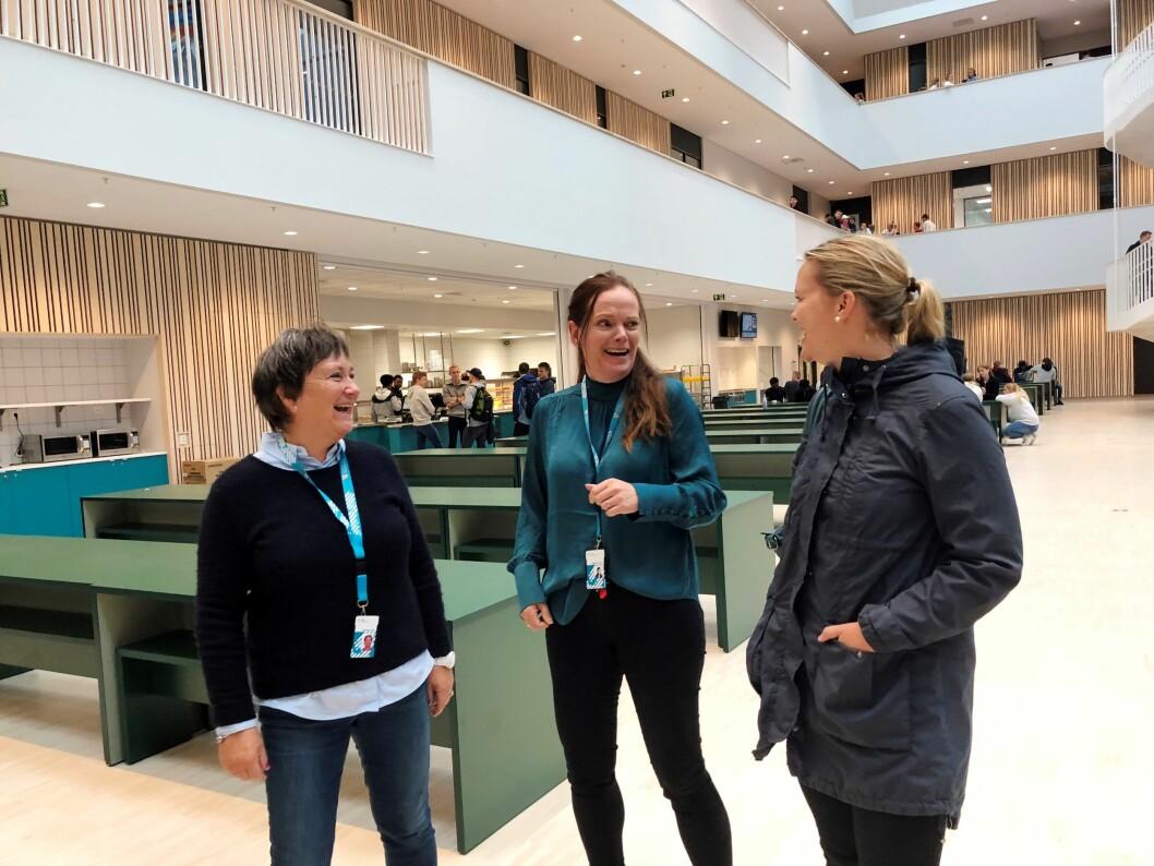 Gode erfaringer: Helsesøster Mona Sundstrøm, leder i elevtjenesten på Heimdal v.g.s., Siri Riksheim og kommunefysioterapeut Kristine Rabben Amundsen.