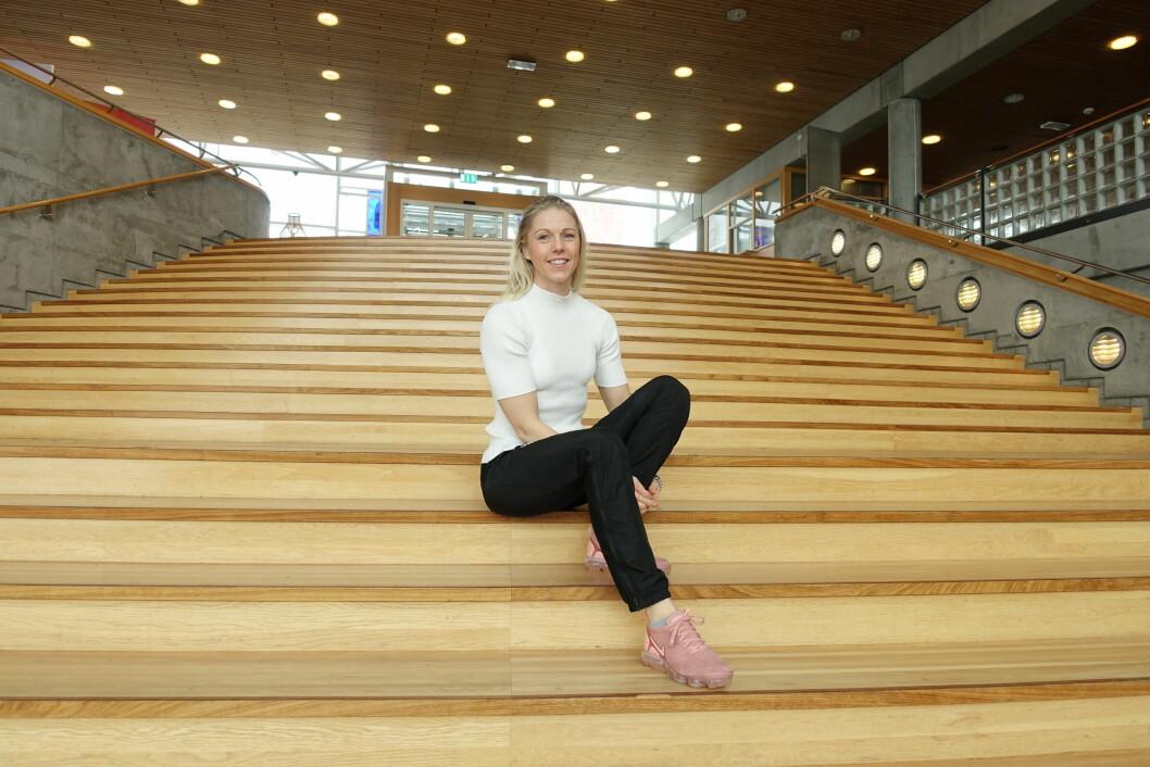 Anne Mette Rustaden er fysioterapeut og førsteamanuensis ved Høgskolen i Innlandet. Hun mener at debatten om trening ved vektnedgang er blitt lite nyansert og for forenklet. Foto: Sigrun Dancke Skaare, Høgskolen i Innlandet