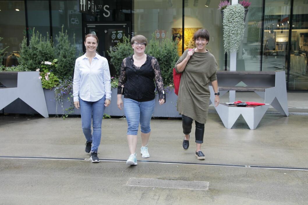 Fysioterapeutledere Anne Kristin Moe Reitan (fra venstre) fra Nedre Eiker, Lise Lund Nygaard fra Haugesund og Astrid Flothyl Semb fra Skien opplever at de må ta høyde for pasienter fra nabokommuner.