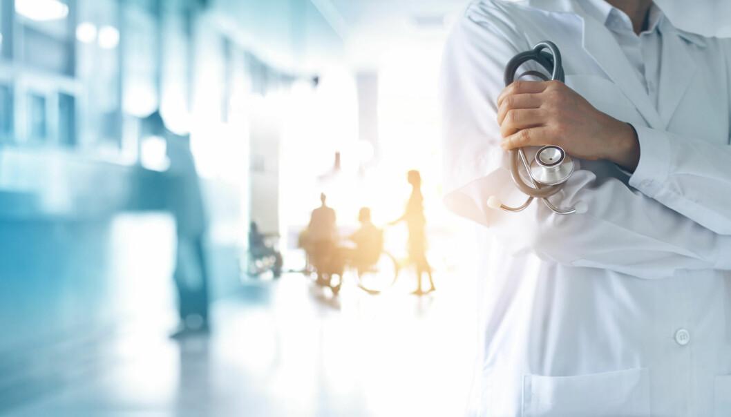 Norsk Ortopedisk forening mener tettere samarbeid mellom leger og fysioterapeuter er bedre enn at henvisningsplikten gjenninføres.