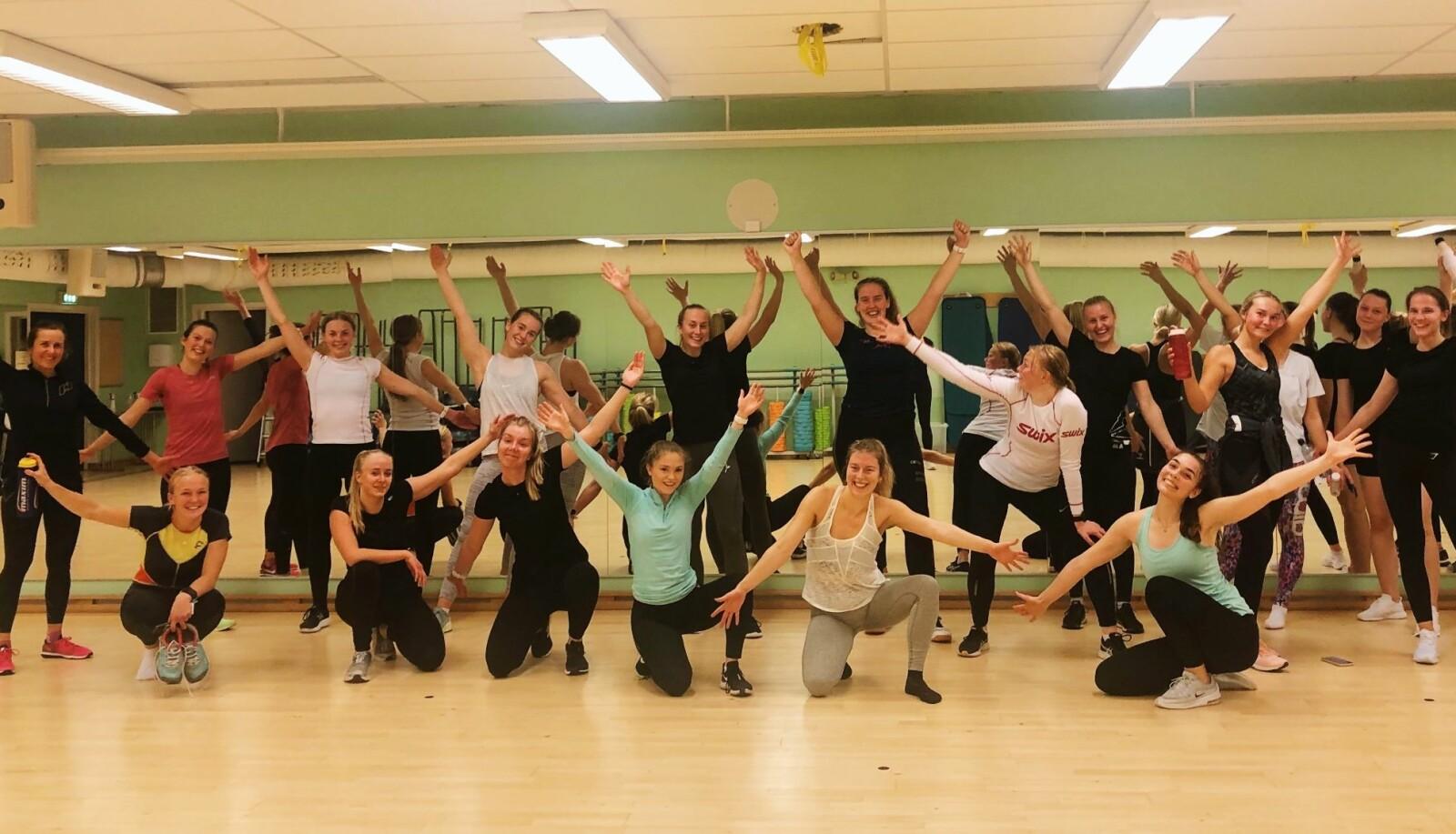 Fysioterapistudenter samles til gruppetrening.