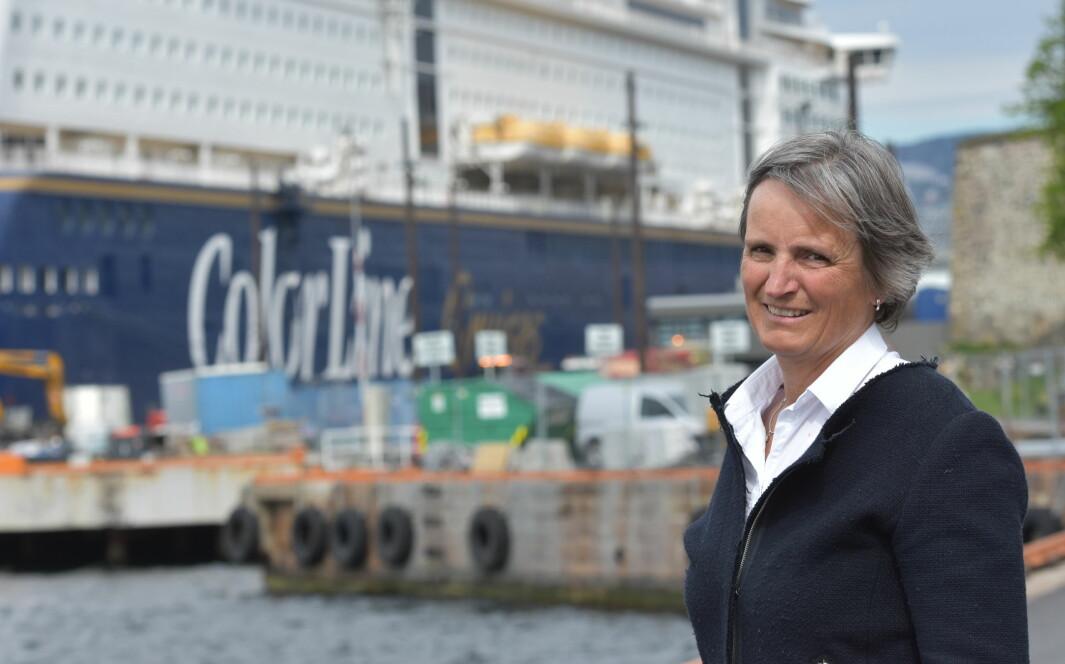 Forbundsleder Gerty Lund undrer etter at regjeringenspartiene og Frp stemte ned et forslag om rehabiliteringsutvalg.
