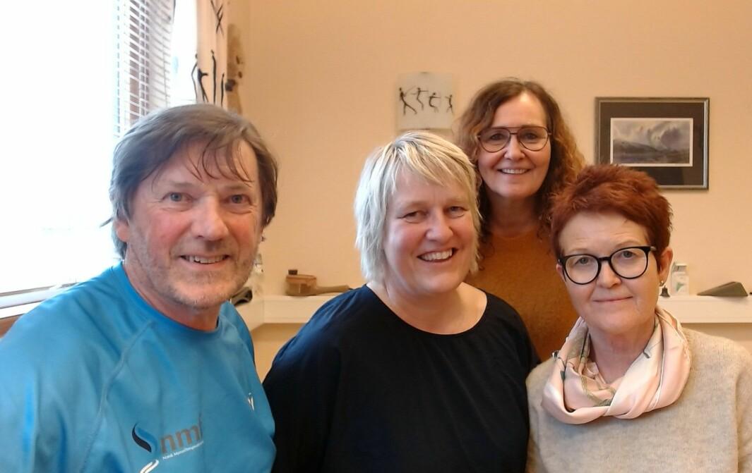 Ventelister er en uskikk, mener fra venstre Jostein Ellingsen, Kari Randen Hatløy og Eli Rongved. Bak helsesekretær Marita Rehnlund.