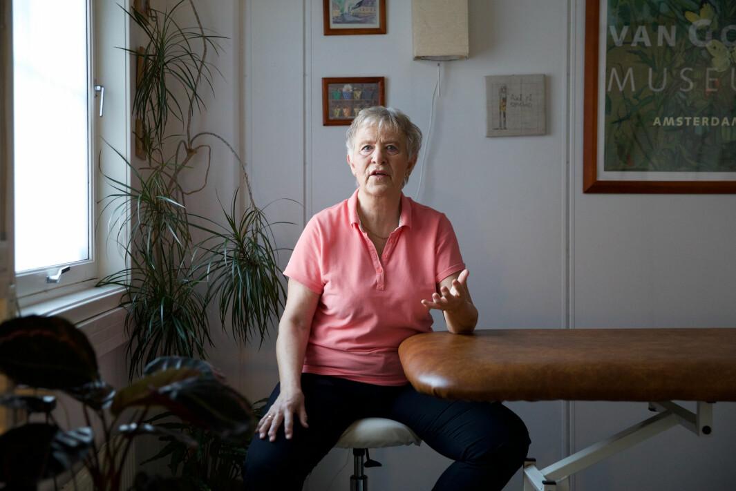 Antallet psykomotoriske fysioterapeuter har dalt kraftig i Oslo. Kathe Lindbach er en av få som er igjen.