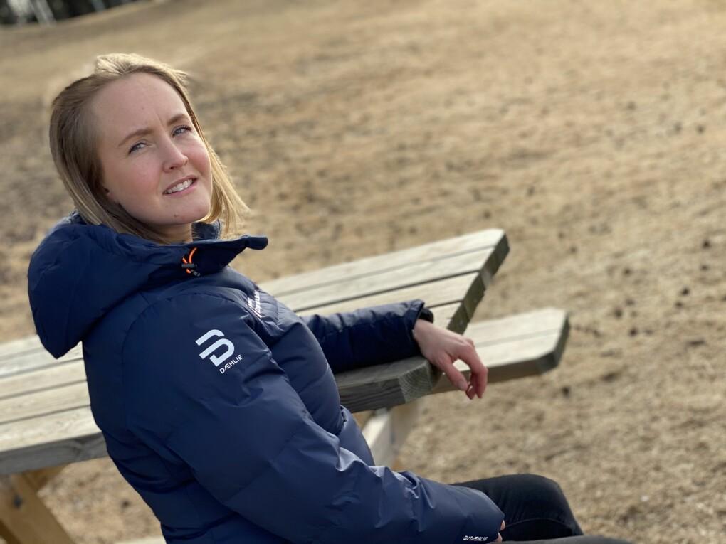 Camilla Gaarden takket nei til fast jobb. Nå venter hun sitt tredje barn.