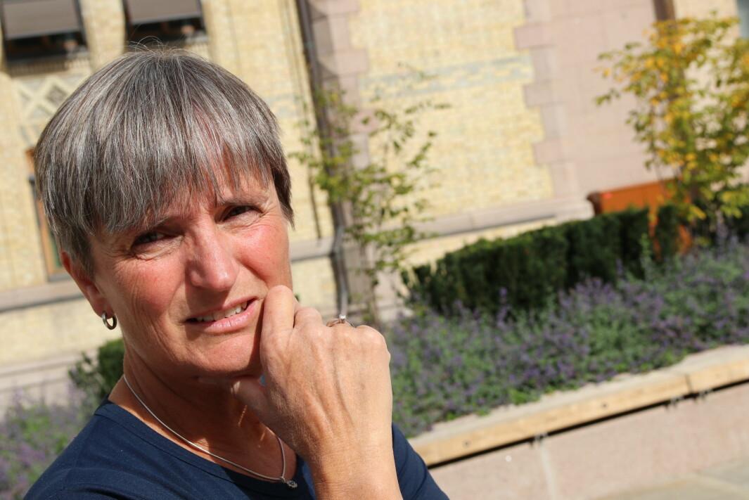 Forbundsleder Gerty Lund mener Fremskrittspartiet går for fort fram for å gi autorisasjon til naprapater og osteopater.