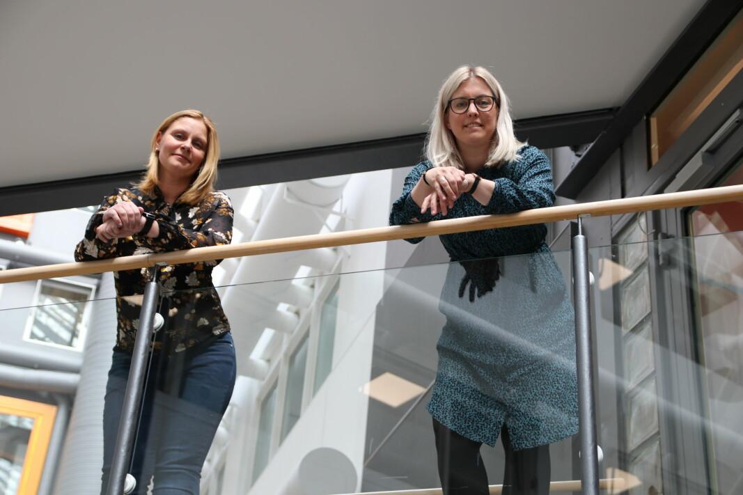 Stine Malerød og Kristin Moen Tollefsen i Norsk Fysioterapeutforbund har fulgt forhandlingene i hele natt..